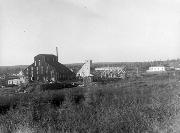Photograph of the buildings making up the surface plant for Guysborough Mines Ltd.